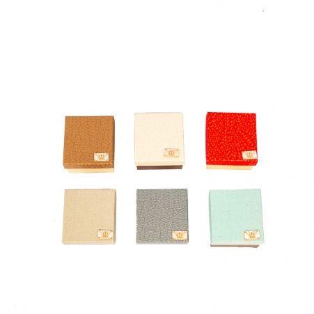 701/003 Коробка квадрат.фактурн.мет/тис. (9х9х5,5)(6шт/уп)